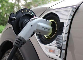 adoption-d'une-voiture-électrique-les-obstacles