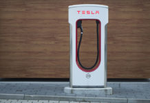 Maintenance d'une voiture électrique